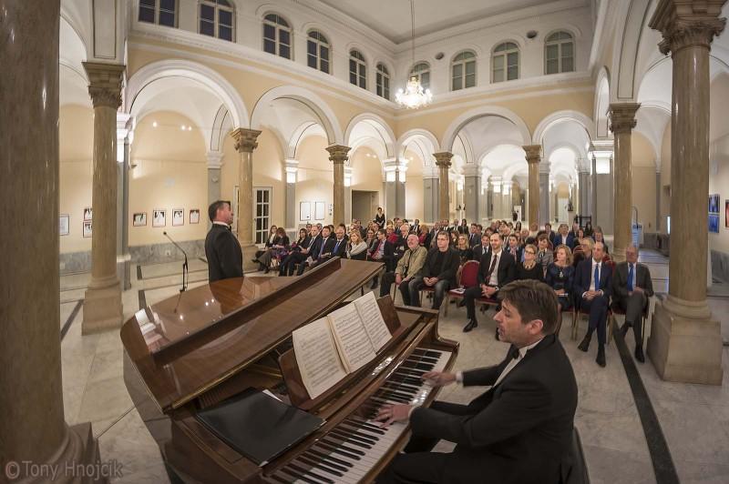 mimara_-_izlozba_koncert_17_